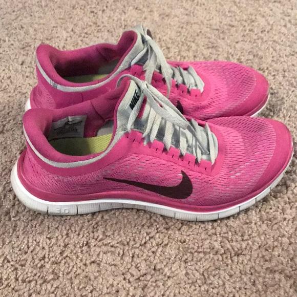 Nike Shoes - Nike Frees